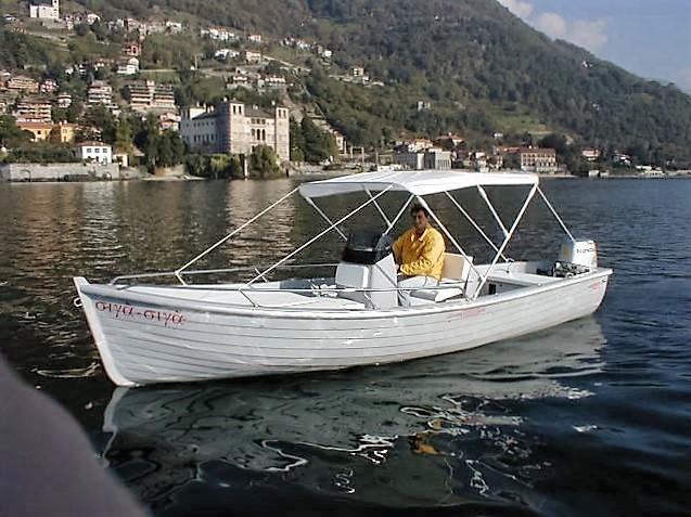 Lancia proffish nautica belatti for Barca lancia vetroresina
